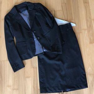 Banana Republic pinstripe suit set size 0